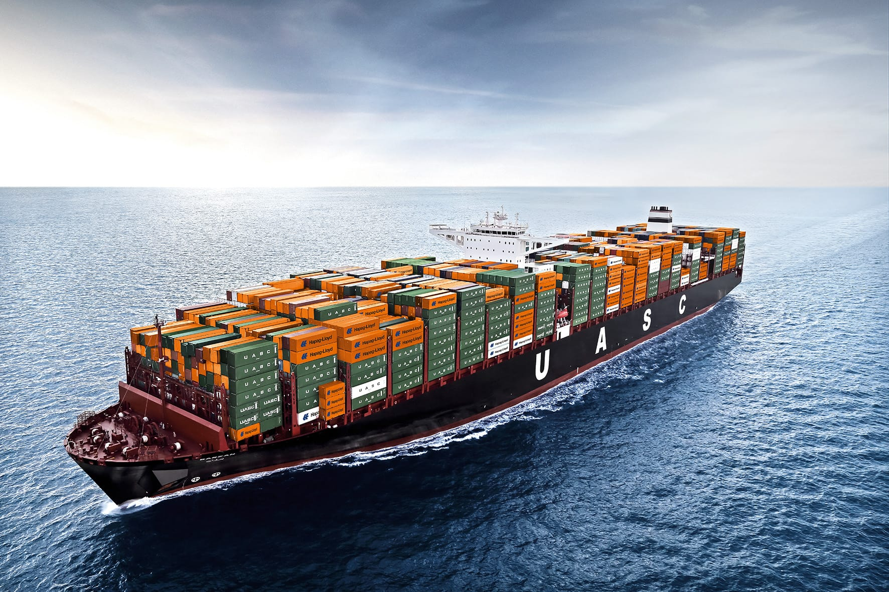 Sea freight as FCL or LCL — but always right with CARGO WINGS